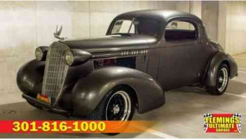 1936 Oldsmobile CUSTOM --