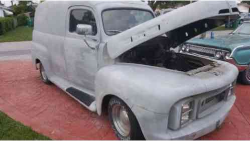 Ford F1 panel truck F1 (1951)