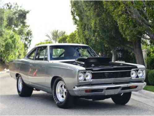 1968 Plymouth Roadrunner J Code Hemi (Nostalgic Race Car)