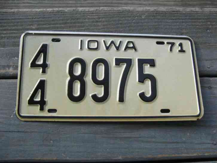 1971 Iowa License Plate 89 95 Ia 71 Trailer Low Number