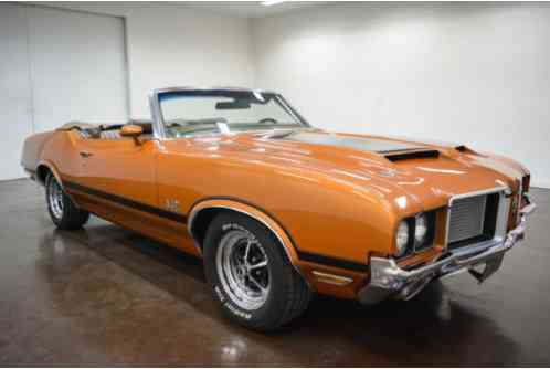 1972 Oldsmobile Cutlass --