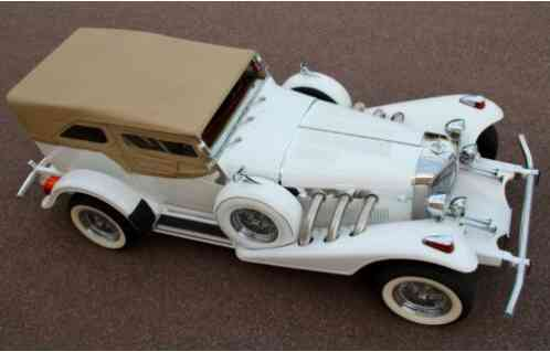 Replica/Kit Makes Excalibur Phaeton (1976)