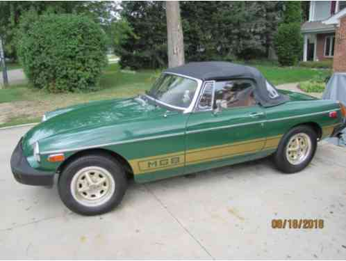 MG MGB British Racing Green (1979)