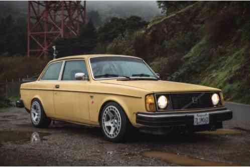 Volvo 240 (1979)