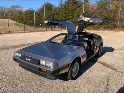 DeLorean DMC 12 (1981)