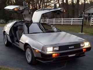 DeLorean DMC-12 STAGE II (1982)