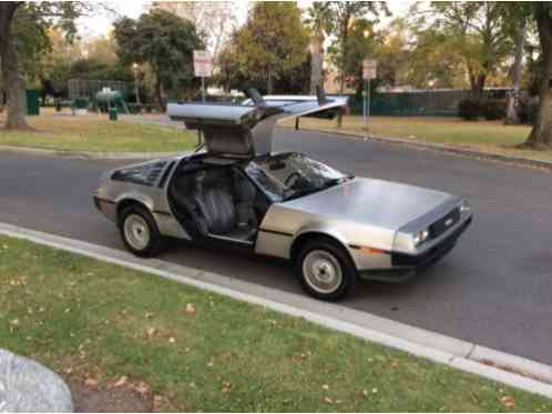 DeLorean DMC12 (1983)