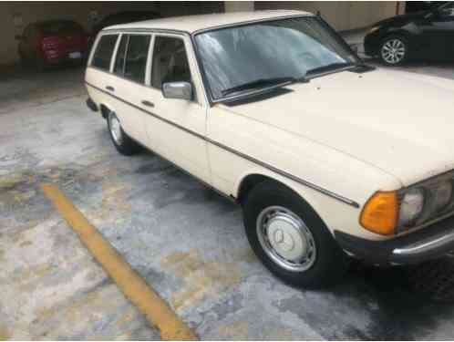 Mercedes-Benz 300-Series (1984)