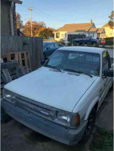 1987 Mazda B-Series Pickups standard bed