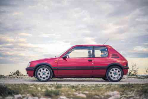Peugeot 205GTI 1. 9 Phase 1. 5 (1988)
