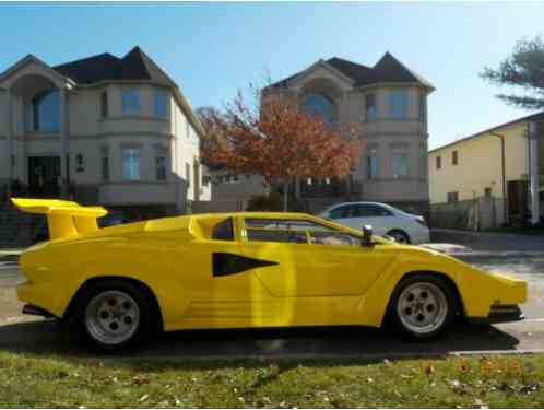 1988 Replica/Kit Makes Lamborghini Countach Stretched Body!