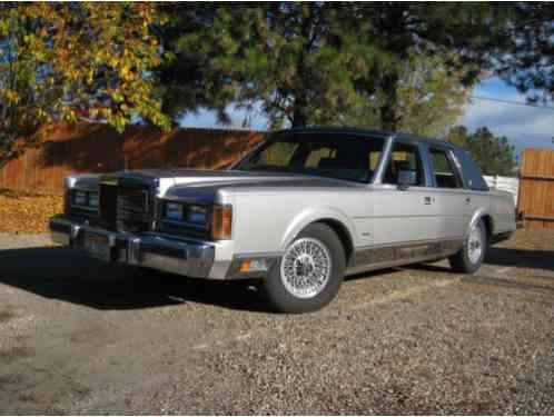 1989 Lincoln Town Car Navy Carriage Roof Matching Interior