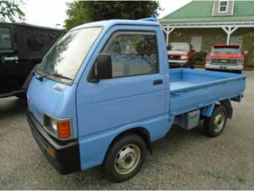 1991 Daihatsu Hijet Rt Hand Dr. Only 11000 KM - 4 sp Manual