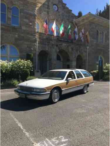 1992 Buick Roadmaster Estate Wagon 3-seat
