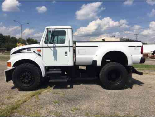 International Harvester 4900 DT (2001)