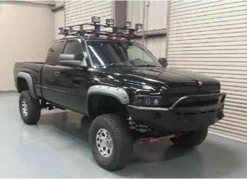 Dodge Ram 2500 SPORT PACKAGE 4X4 (2002)