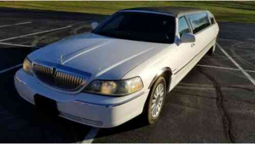 Lincoln Town Car EXECUTIVE (2003)
