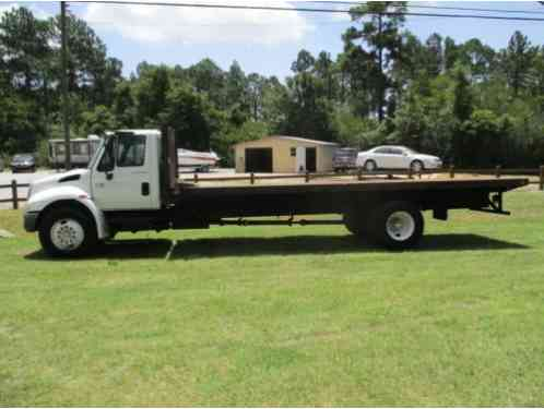 2004 International 4200 Flatbed Truck VT365