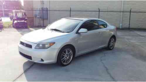 Scion tC (2005)