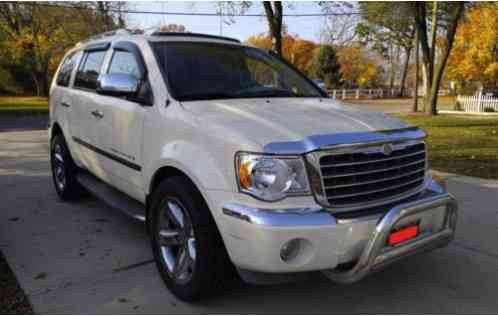 Chrysler Aspen Limited 5, 7L V8 4WD 2007, This full-size ...