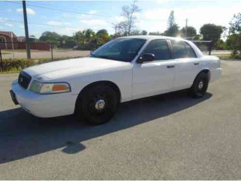 Ford Crown Victoria (2007)