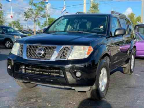 Nissan Pathfinder S FE+ 4x2 4dr SUV (2010)