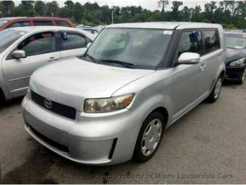 Scion xB 5dr Wagon Automatic (2010)