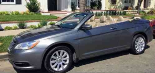 Chrysler 200 Series Convertible (2013)