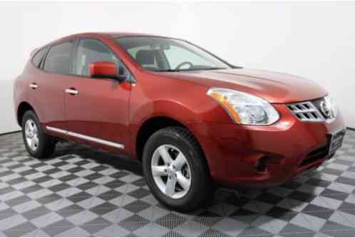 Nissan Rogue S (2013)