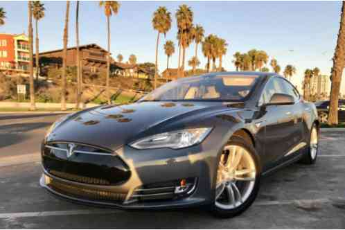 Tesla Model S 2013 60 Color Combination Only Available