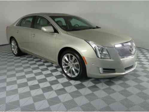 Cadillac XTS Luxury (2014)
