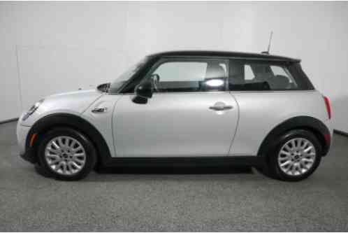 Mini Cooper S with Media Package (2016)