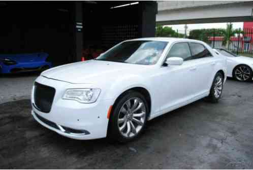 2017 Chrysler 300 Series Limited 4dr Sedan