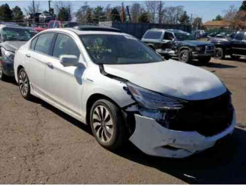 Honda Accord Touring 4dr Sedan (2017)
