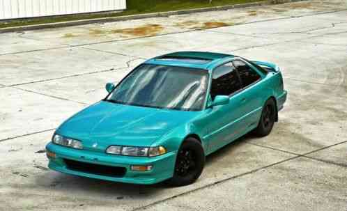 Acura Integra 1992 GSR Has Been Restored And Is Almost Stock All