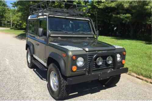 Land Rover Defender 90 2 Door (1997)