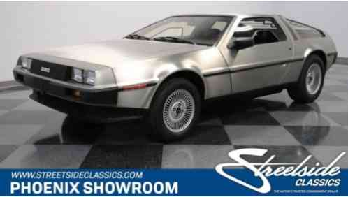 DeLorean DMC-12 -- (1981)