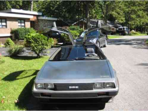 DeLorean: Dmc