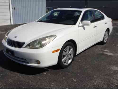 Lexus ES Base 4dr Sedan (2005)