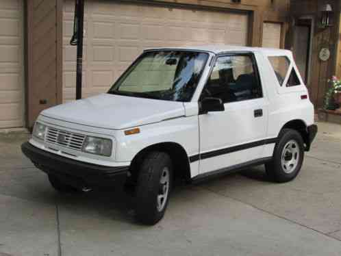 Geo Tracker 1993 Up For Sale Is A Convertible 4x4 5