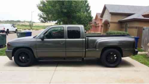 gmc sierra 1500 2002 step side new tires new new paint job great gmc sierra 1500 2002 step side new