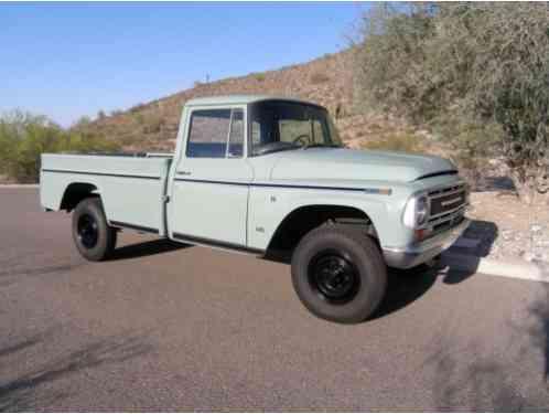 International Harvester 1200C Pickup (1968)