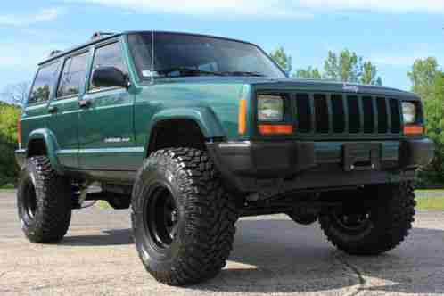 1999 Jeep Cherokee CLEAN LOW MILES ALL RECORDS NEW 4 5 Lift
