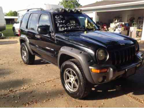 Jeep Liberty Freedom Edition 2003 Up For Auction Is This This Runs