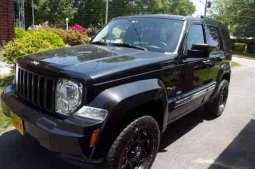 Jeep Liberty 2012, 4 wheel drive has a leveling kit with 18fuel wheelsSaleofcar.com