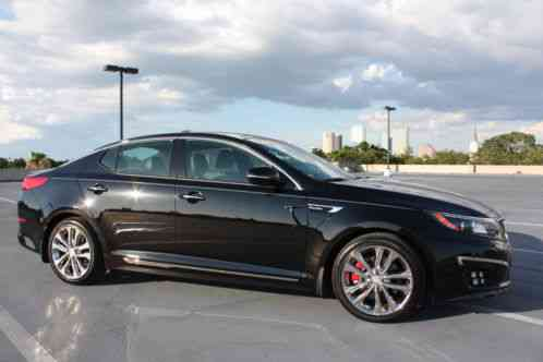 Kia Optima Sx Limited 2014 Great Condition Only 12k