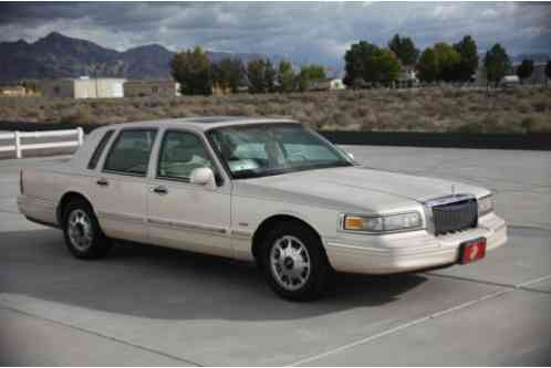 Lincoln Town Car 1996 Just Another Amazing Old This One A Cream