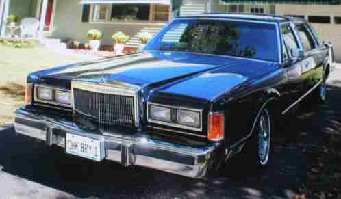 Lincoln Town Car Signature Series 1989 As Featured In The Nov Dec 2014
