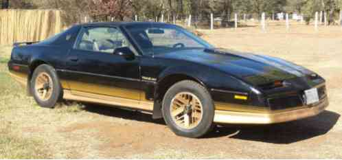 pontiac firebird firebird trans am 1984 with the options this car has pontiac firebird firebird trans am 1984