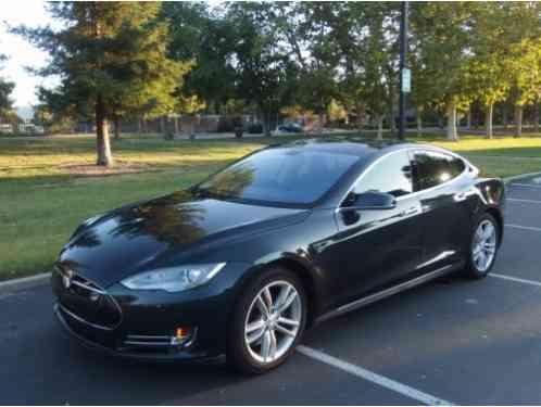 Tesla Model S 2013, VIN 5YJA1CN4DFP07211Video of car at http: youtu